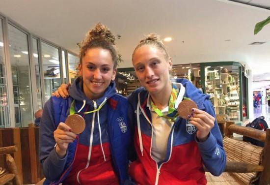 Sopronban is egy csapatban! Crvendakic és a Page az olimpiai bronzéremmel.