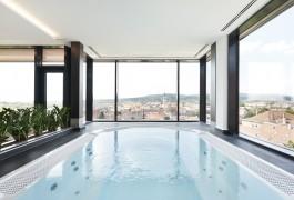 Hotel_Sopron_sky_wellness_kép_jakuzzi
